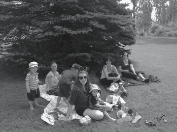 ladies that lunch ... a pixie play date in the park.